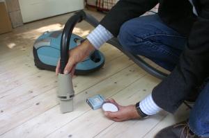Innenraumschadstoffe lagern sich im Hausstaub ab
